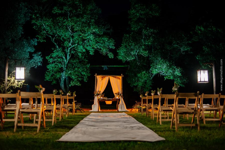 Lugar de la ceremonia en el parque de La Delfina - Alejandro Gomez Fotografo de Casamientos